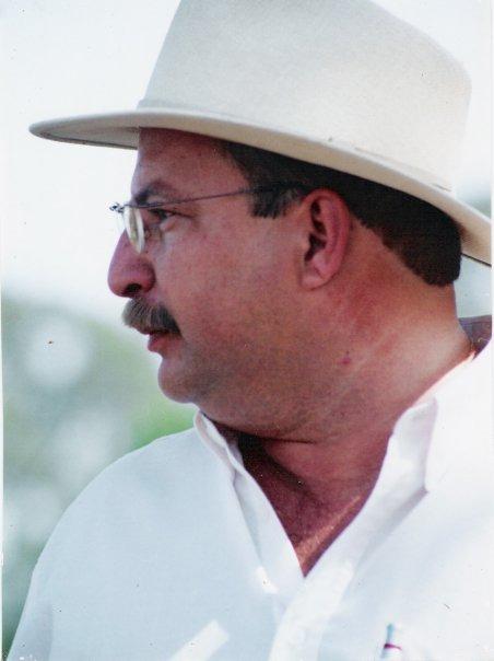 Dr. Alexandre Augusto de Oliveira Gobesso